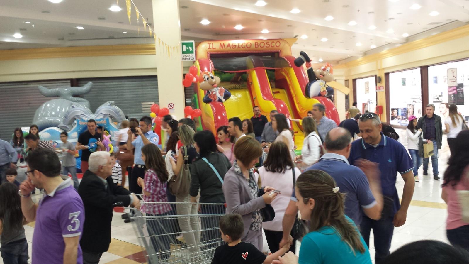 Family day corigliano calabro funproject agenzia for Subito taranto arredamento