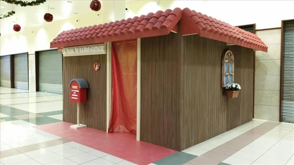 Casetta Di Natale Gonfiabile : Casa babbo natale le vigne funproject agenzia animazione ed
