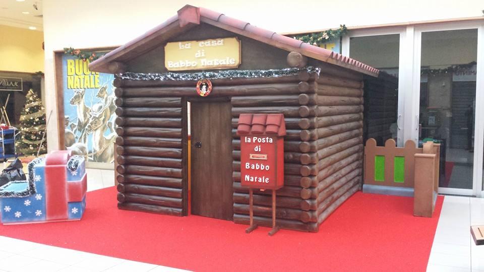 Casetta Di Natale Gonfiabile : Casa di babbo natale funproject agenzia animazione ed eventi